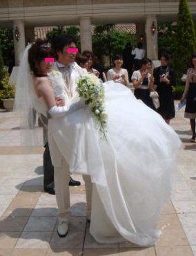 お姫様抱っこ 結婚式