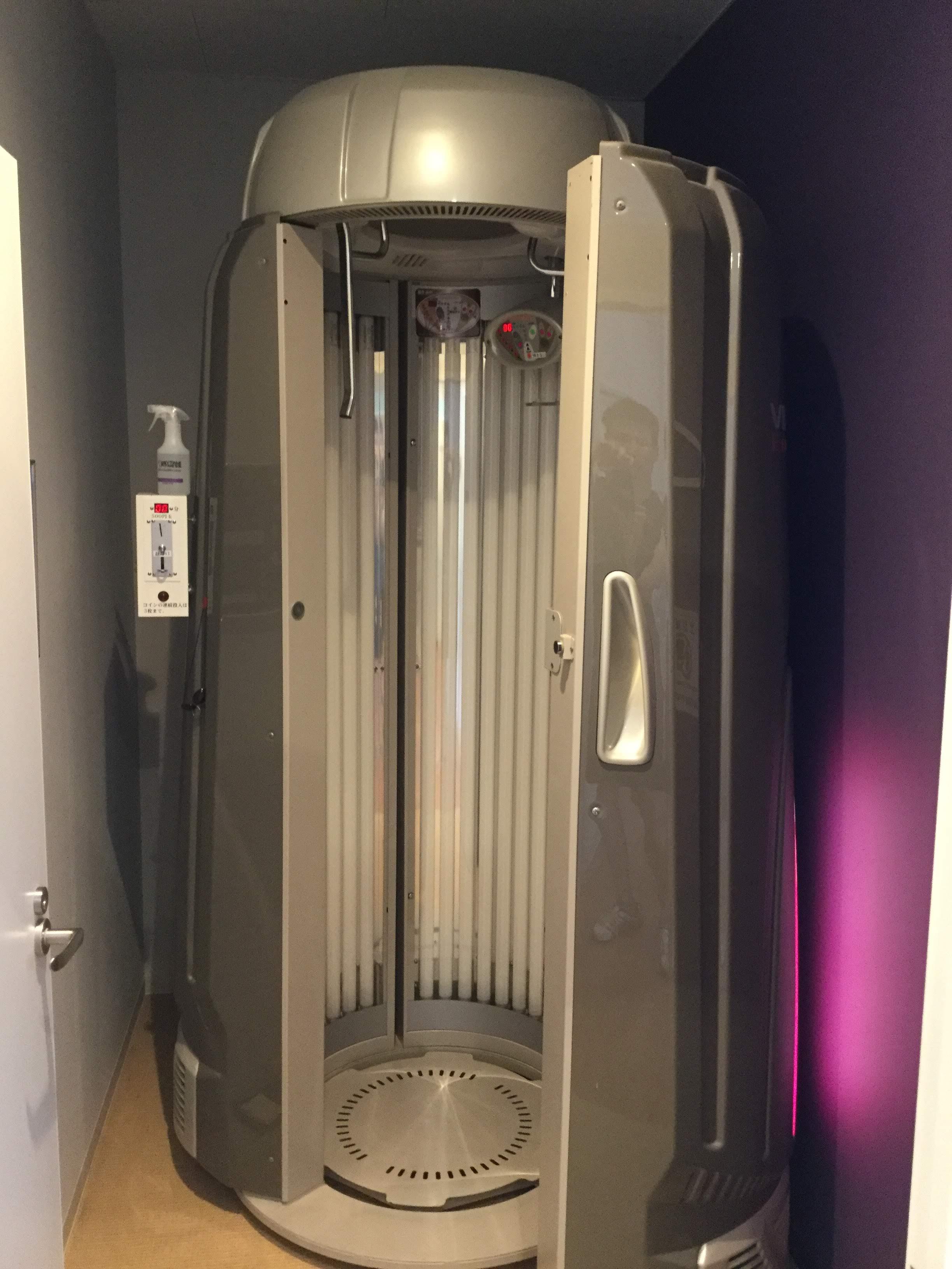 エニタイムフィットネス 姪浜 タンニングマシン