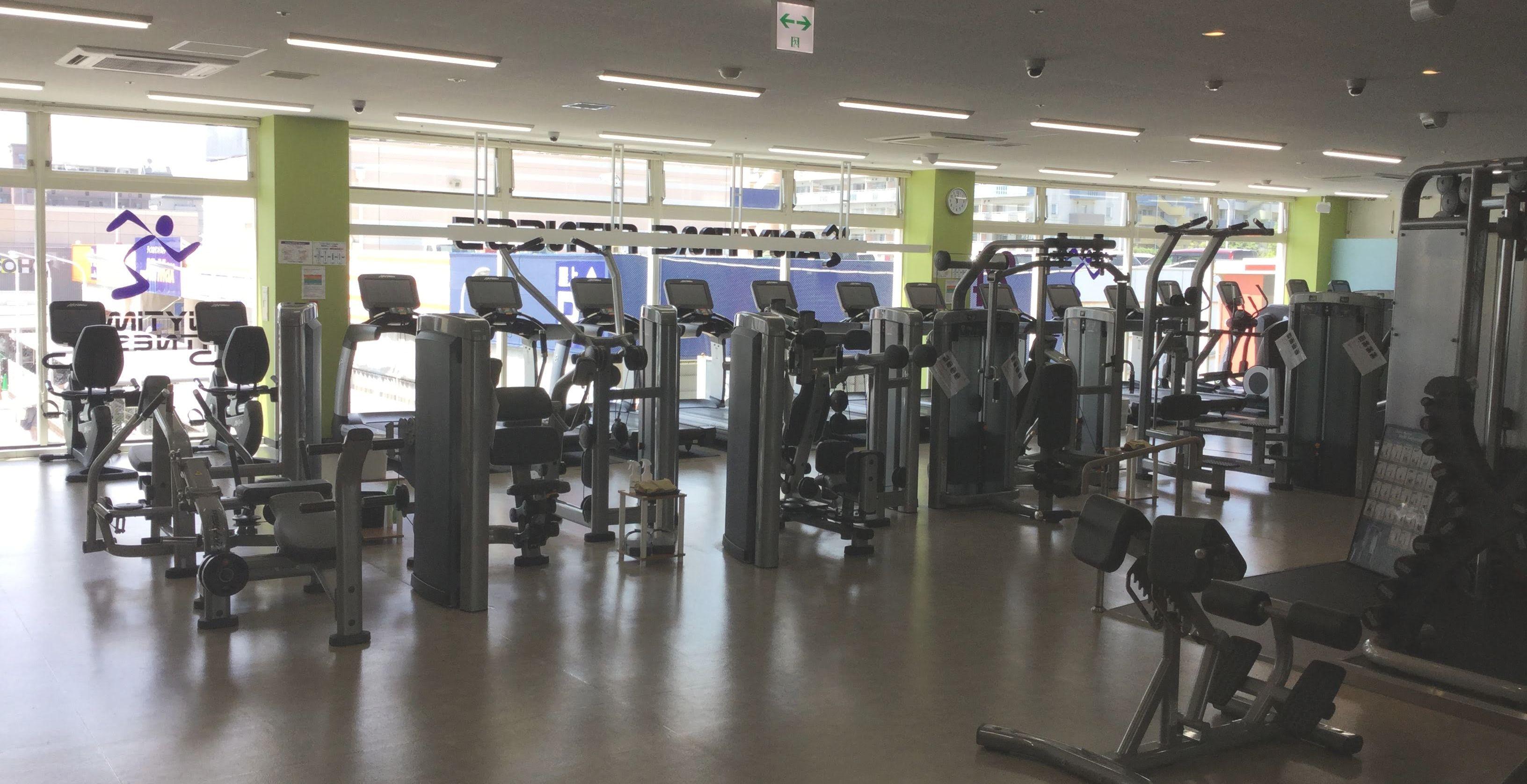 エニタイムフィットネス 姪浜 トレーニングマシン 全景